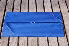 LILLE BLÅ: Brette skjorte servietter =) Continental Wallet