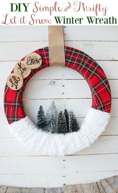 diy-simple-thrifty-let-it-snow-winter-wreath-tutorial-at-the-happy-housie The post & it Snow& Christmas Wreath appeared first on Dekoration. Wreath Crafts, Diy Wreath, Wreath Ideas, Ribbon Wreath Tutorial, Fabric Wreath, Tulle Wreath, Burlap Wreaths, Holiday Wreaths, Holiday Crafts