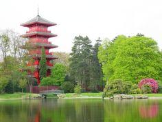Tour japonaise - Bruxelles - Achetée par Léopold II dans le but d'en faire un pavillon privé dans le domaine royal de Laeken