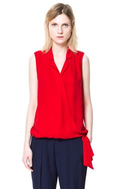 love love this red top <3
