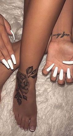 Beautiful Rose Tattoo Ideas Black Traditional Rose Foot Tattoo Ideas for Women - www. Girly Tattoos, Cute Foot Tattoos, Pretty Tattoos, Body Art Tattoos, Hand Tattoos, Small Tattoos, Sleeve Tattoos, Foot Tatoos, Flower Foot Tattoos