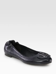 Classic TB Reva Flats in navy... time for a new pair