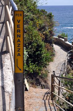 Hiking trails   In Monterosso al Mare, the start of the trail that leads to Vernazza.
