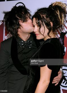 Billie Jo Armstrong of Green Day and Adrienne Armstrong Billy Green Day, Green Day Billie Joe, Adrienne Armstrong, Billie Joe Armstrong, Green Day American Idiot, Jason White, Cutest Couple Ever, Mikey Way, Hot Tubs