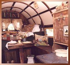 shepherdswagon-interior-03c.jpg (20149 bytes)