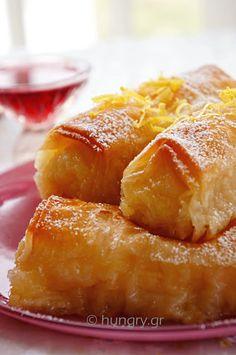 Custard Filled Pastry Rolls - Galaktoboureko ( My big fat Greed Dessert ) Greek Sweets, Greek Desserts, Small Desserts, Mini Desserts, Greek Recipes, Christmas Desserts, Just Desserts, Delicious Desserts, Dessert Recipes