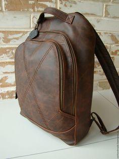 Vintage backpack/vintage leather backpack/brown vintage backpack/backpack with pockets/travel backpa Vintage Leather Backpack, Leather Backpack For Men, Leather Bag, Mens Gym Bag, Vintage Backpacks, Brown Backpacks, Men's Backpack, Satchel Handbags, Leather Fashion