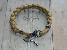 Personalized Dog Bone Bracelet Dog Bone Paracord Bracelet  / Heart Initial hand stamped Womens Jewelry / Pick your Paracord color
