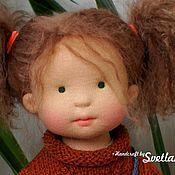 Купить или заказать Мисси, 43 см вальдорфская кукла ООАК в интернет магазине на Ярмарке Мастеров. С доставкой по России и СНГ. Материалы: Кукольный трикотаж, Овечья шерсть,…. Размер: Рост 43 см