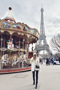 Winter in Paris: http://www.ohhcouture.com/2017/01/christmas-break-paris/ | #ohhcouture #LeonieHanne