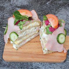 Smörgåstårta - LCHF & Glutenfritt - Underbart god och saftig smörgåstårta. Tårtan är fri från gluten och har ett långt kolhydratinnehåll.