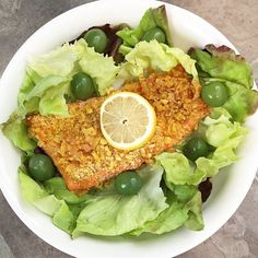 """""""Happy Wednesday SizzleFish fans! Today for lunch @deannacarterwv cooked up a piece of our @sizzlefishfit Sockeye Salmon that she dipped in melted @tinstarfoods ghee and then coated in a garlic plantain crust...YUM! She served it on a bed of butter lettuce with olives and dressed it with @kasandrinos EVOO and fresh lemon! Such a flavor party! --------------------------------------- ‼️Our salmon is always perfectly  portioned and delivered straight to your door! Www.sizzlefish.com‼️…"""