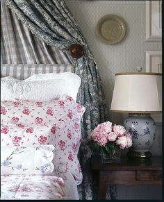 Cathy Kincaid Interiors | Cathy Kincaid Interiors. I love the way she mixes pattern and color