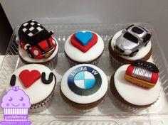 Mini cooper & BMW cupcakes Cute Cupcakes, Birthday Cupcakes, 60th Birthday, Mini Cakes, Cupcake Cakes, Cars Theme Cake, Themed Cakes, Cake Designs, Amazing Cakes
