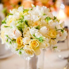 Pale yellow and white bouquet