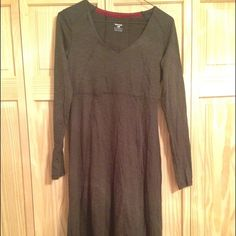 Horny Toad Brown Dress This comfortable dress looks great with boots or flats! Knee length. The material is very soft! Size XS Horny Toad Dresses