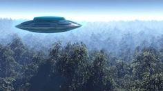 UFO ALIEN WORLD. UFO filmed on camera at sea  UFO 2017