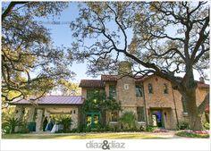 The Veranda: San Antonios newest wedding venue. Photo by Diaz & Diaz Weddings