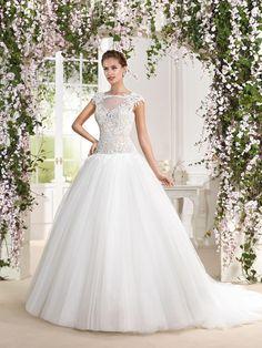 Fara Sposa 2016 bridal collection | Wedding Dresses 2016 | http://www.fabmood.com/fara-sposa-wedding-dresses-2016/ #farasposa #wedding dresses #weddinggown::