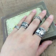 4pcs/Set Vintage Silver Plated Ring Set Shellhard Boho Style Alloy Elephant Finger Rings For Women Jewelry Accessory Gift