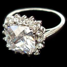 Yes please..  Swarovski Crystal Rings - Pishon Crystals