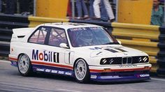 BMW E30 M3 DTM Mobil Oil