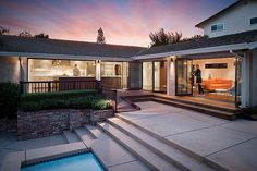 Moraga Residence - traditional - Exterior - Other Metro - Jennifer Weiss Architecture Traditional Exterior, Modern Exterior, Exterior Design, Exterior Homes, Interior Modern, Deck Design, House Design, Life Design, Modern Architecture