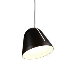 Lampefeber Tilt by Nyta Pendel. Lampen er et rigtig godt eksempel på hvordan man kan forene kvalitet, minimalisme, funktionalitet. Se mere på hjemmesiden
