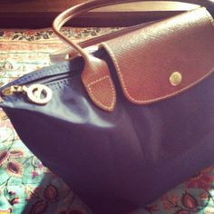 2015 Latest Cheap Longchamp handbags!! More less than $34.90!!! Pretty cool.