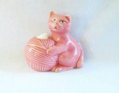 Vintage Cat Cotton Ball Dispenser Pink Cat от HipCatRetroVintage