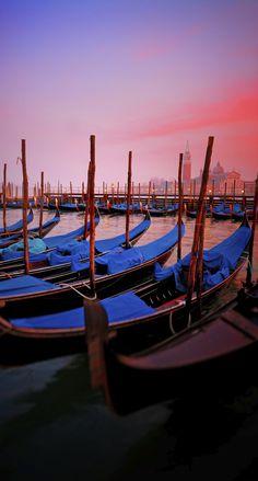 Venise... Mythique et incontournable. Vous voulez la redécouvrir en amoureux ? Suivez notre itinéraire avec balades coups de coeur et bonnes adresses.