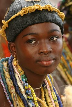 Another image out of Africa that is just stunning to me. She is a Krobo girl. The Krobo people are famous for making the most beautiful beads from recycled, pulverized glass (soda bottles). I'm always on the hunt for antique, African, trade beads, Out Of Africa, West Africa, Africa Art, We Are The World, People Around The World, Tilda Swinton, African Beauty, African Women, African Babies