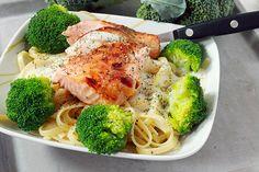Balsamicolax med dillstuvad pasta & förvälld broccoli