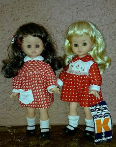A place to share photos of our Fav vintage dolls!