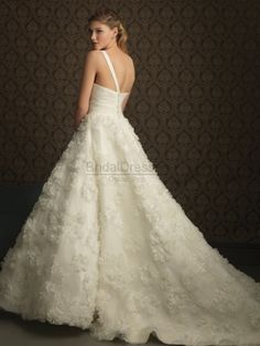 ball gown dress, ball gown wedding dress, <3