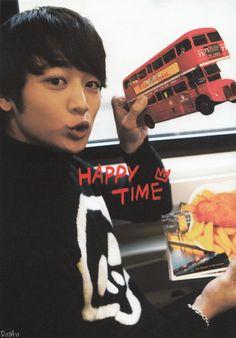 Top 3 favorite pictures of Choi Minho. I adore this one soooooo much Cnblue, Btob, Song Daehan, Shinee Debut, Onew Jonghyun, Love Park, Choi Min Ho, Joo Hyuk, Song Joong Ki