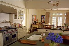Beach House in Something's Gotta Give Movie --- the fabulous kitchen