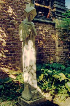 Frank Lloyd Wright Sculpture; I have a replica in my garden ENB