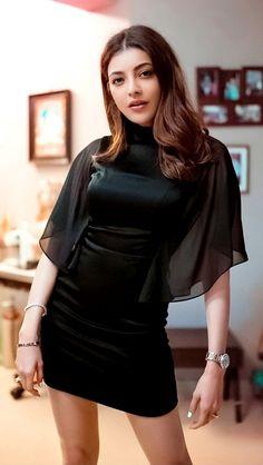 Most Beautiful Bollywood Actress, Indian Bollywood Actress, South Indian Actress, Bollywood Fashion, Indian Actresses, Beautiful Girl Image, Beautiful Asian Women, Indian Celebrities, Beautiful Celebrities
