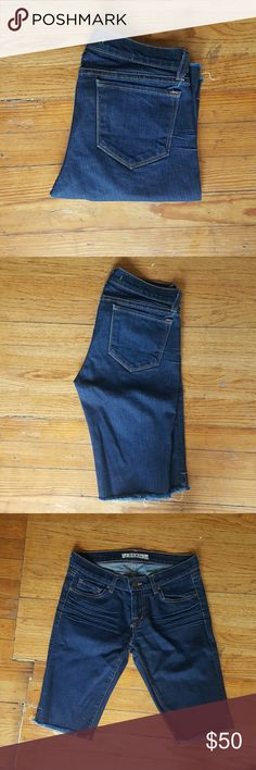 J BRAND CUT OFF SHORTS BERMUDA JEANS J BRAND WOMENS JEANS SHORTS Euc Size 26 14 across 7.5 rise 12 inch inseam J Brand Shorts Jean Shorts