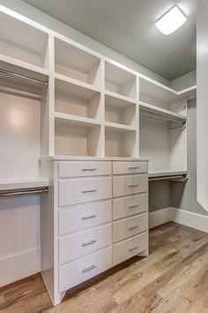 413 Eddy Ln Franklin, TN 37064 - House for Sale Master Closet Design, Master Bedroom Closet, Home Bedroom, Closet Renovation, Closet Remodel, Closet Built Ins, Closet Layout, Furniture Vintage, Industrial Furniture