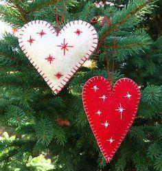 FeltSewGood: Heart Felt Ornaments Tutorial