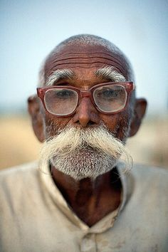 Face of Indian man with glasses and AMAZING beard. White hair. Old man. India. via Swagistani #moustache #mustache #blog #rebel