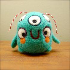 Five Eyed Turquoise Alien WOOLY OOAK