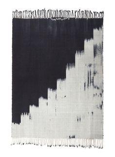 black stair step rug