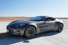 Aston Martin One-77, Costs 25 crores (5 million USD) in India.. :O