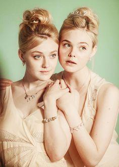 Muses: Dakota and Elle Fanning