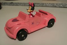 Minnie Mouse pinewood derby car