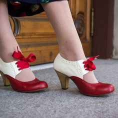 Sylvia 1930s Two-Tone Pumps by Chelsea Crew (Red/White)