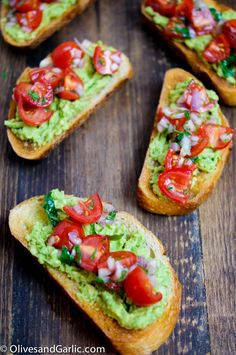 Toast topped with cherry tomatoes and guacamole #superbowl #healthy
